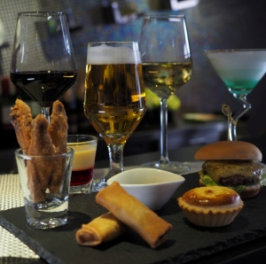 Drink Package with Snack Platter