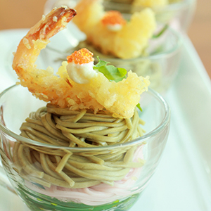 Green Tea Soba Noodle with Prawn